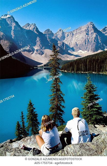 Moraine Lake  Banff National Park  Rocky Mountains  Alberta  Canada