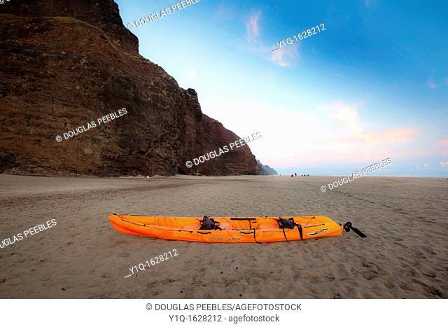 Sunrise, Kalalau Beach, Napali Coast, Kauai, Hawaii