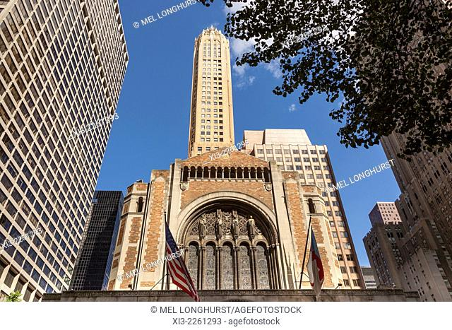 Saint Bartholomew's Church, Park Avenue, General Electric Building behind, Manhattan, New York City, New York, USA