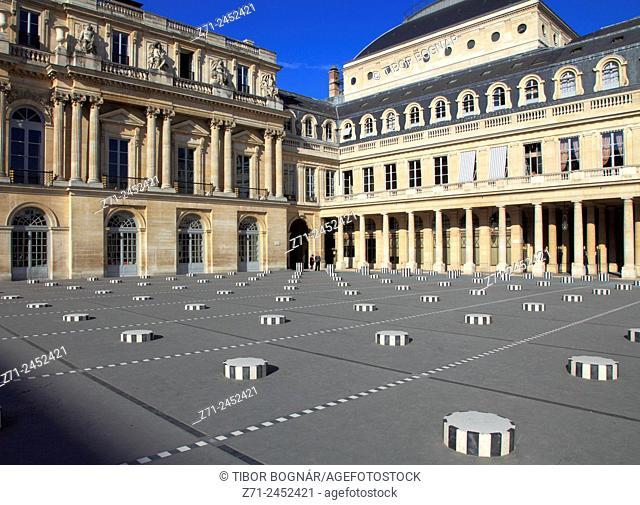 France, Paris, Palais-Royal, courtyard