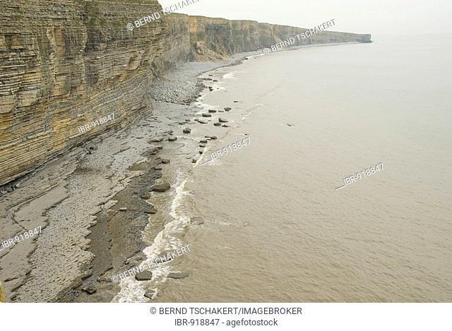 Steep coast, stony beach, coast, sea, Nash Point, Glamorgan Heritage Coast, Wales, Great Britain, Europe