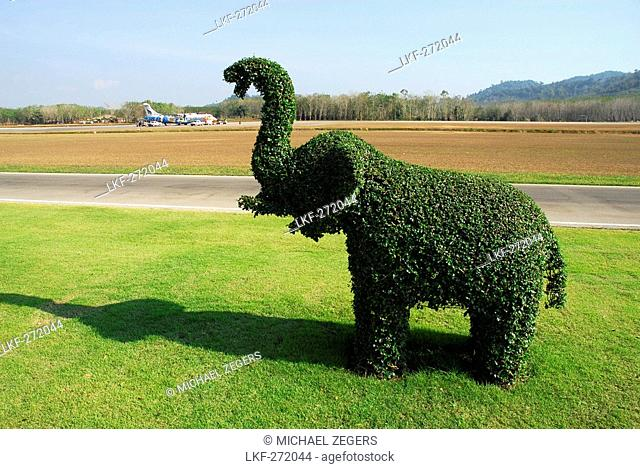 Traditional garden design, green elephant at Trat Airport, Gulf of Thailand, Thailand, Asia