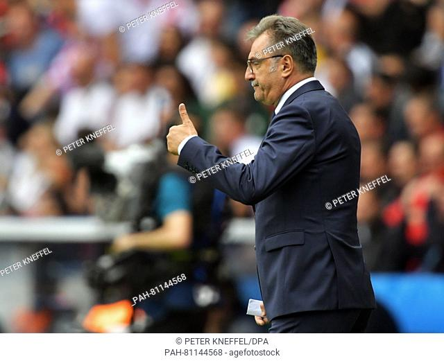 Coach Ante Cacic of Croatia gives a thumb up during the UEFA Euro 2016 Group D soccer match between Turkey and Croatia in the Parc de Princes stadium in Paris