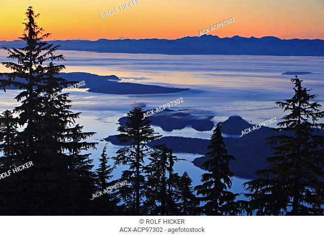 View from Vancouver Island North over Hanson Island, Stubbs Island, Malcolm Island, Donegal Head over Queen Charlotte Strait towards the British Columbia...