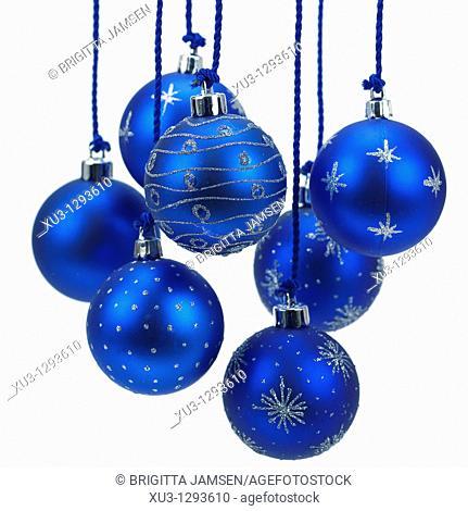 Chrismas tree balls