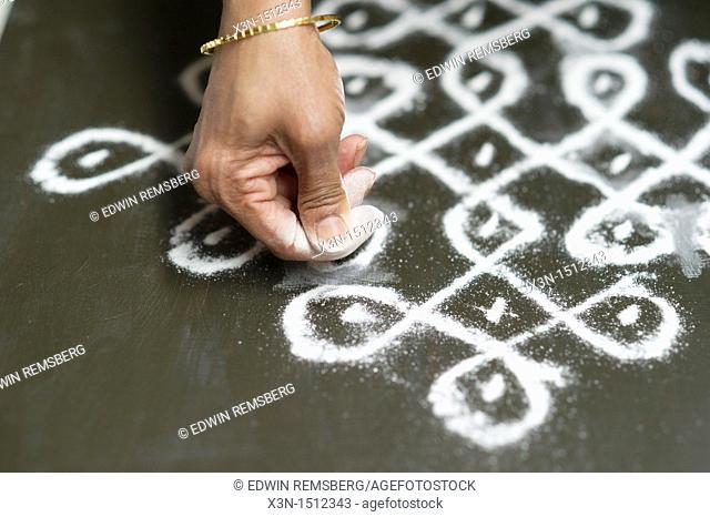 Indian Kolam painter