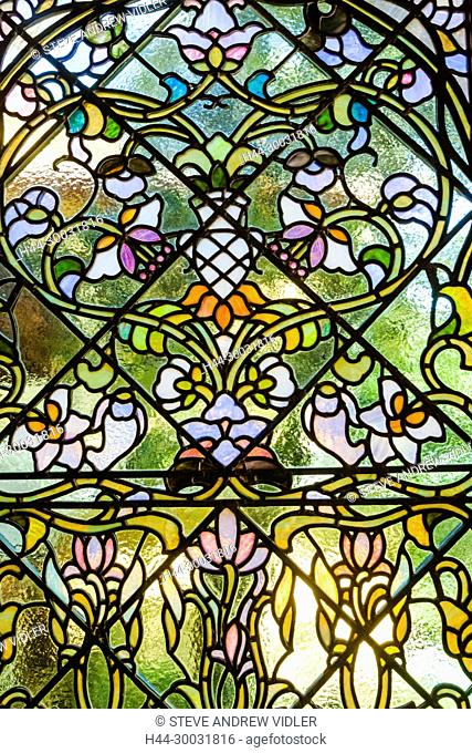Japan, Honshu, Shizuoka Prefecture, Atami, Kiunkaku Ryokan Museum, Lounge Area Stained Glass Window