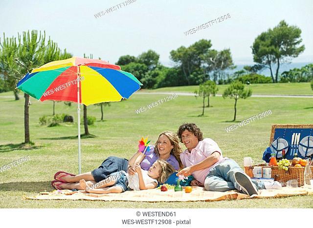 Spain, Mallorca, Family having picnic