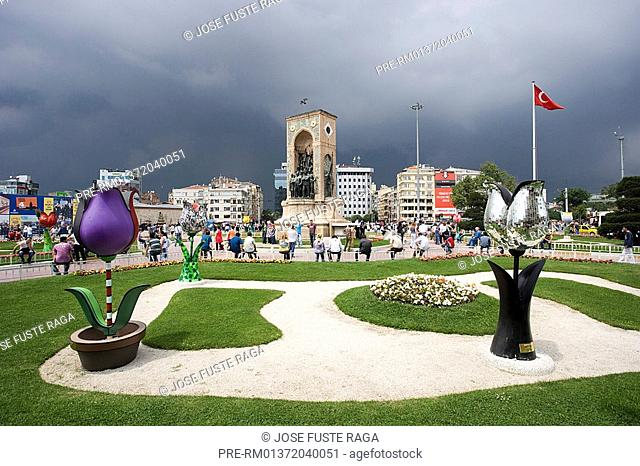 Streetscene at Taksim Square, Istanbul, Turkey, Europe