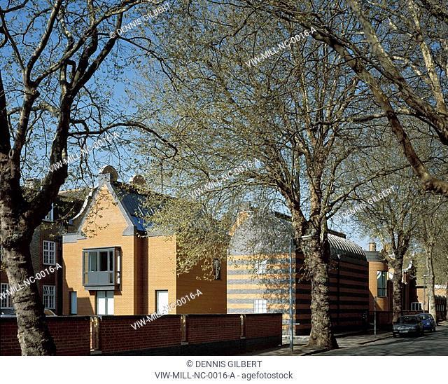 NEWNHAM COLLEGE LIBRARY, NEWNHAM COLLEGE, CAMBRIDGE, CAMBRIDGESHIRE, UK, JOHN MILLER & PARTNERS, INTERIOR, STREET ELEVATION