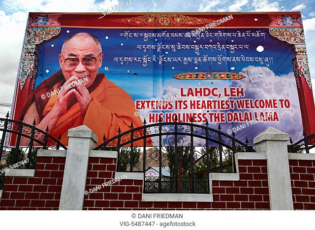 INDIA, LEH, 01.07.2014, Large banner welcoming His Holiness the 14th Dalai Lama to Ladakh for the 33rd Kalachakra Pooja which was held in Choglamsar, Ladakh