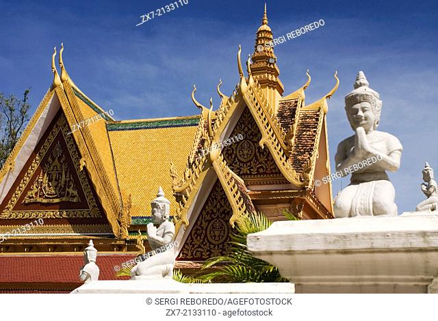 Detail of the roof of the Royal Palace. Phnom Penh. Completed in 1866 the Royal Palace is a must see Phnom Penh sight. It was constructed in stages after the...