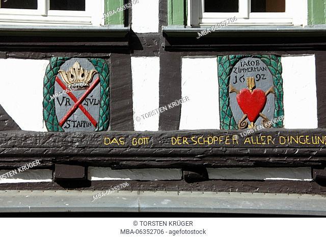 Grace note, detail, historical half-timbered house on the Schillerplatz, Wetzlarer Old Town, Wetzlar, Hessen, Germany, Europe