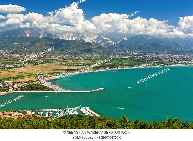 View of the mouth of the Magra River and Apennine Mountains over Carrara Tuscany in the background, Bocca Di Magra, Province La Spezia, Liguria, Italy, Europe