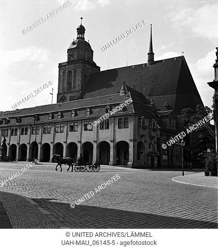 Die Marienkirche in Dessau, Deutschland 1930er Jahre. St. Mary's church at the city of Dessau, Germany 1930s