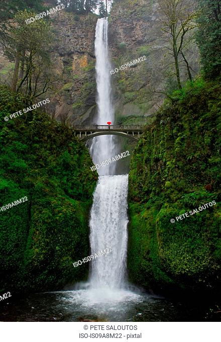 Footbridge and double cascade at Multnomah Falls, Columbia River Gorge, USA