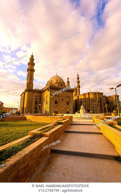 Sultan Hassan mosque and Bab Al Azab, Citadel of Salah Al-Din, City of Cairo, Egypt