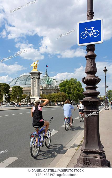 Grand Palais, Alexander III Bridge, Paris, France