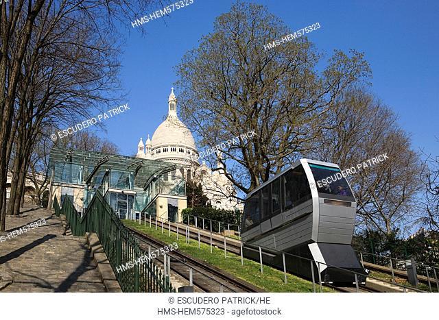 France, Paris, Butte Montmartre, the funicular and the Basilique du Sacre Coeur Sacred Heart Basilica