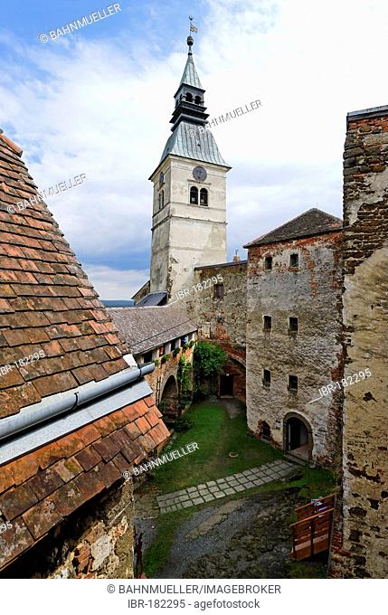 Guessing castle Burgenland Austria inner court with donjon