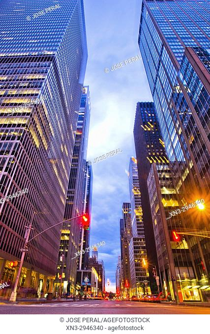 6th Avenue, Sixth Avenue, Avenue of the Americas, Midtown, Manhattan, New York City, New York, USA