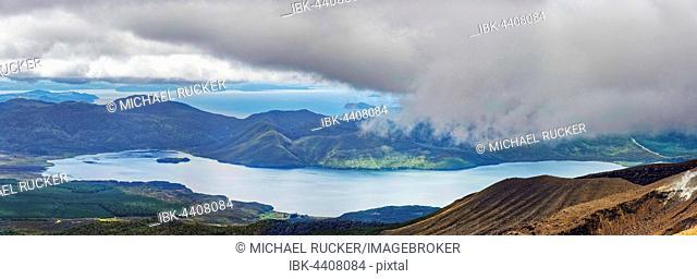 Lake Rotoaira and Lake Taupo, Tongariro National Park, Manawatu-Wanganui, North Island, New Zealand