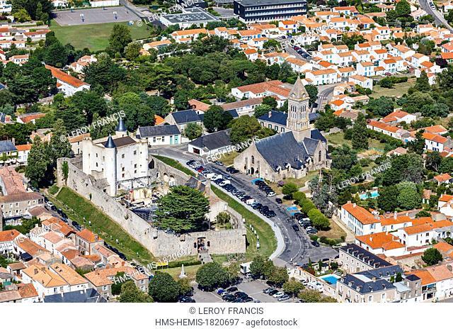 France, Vendee, Ile de Noirmoutier, Noirmoutier en l'Ile, the castle and the church (aerial view)