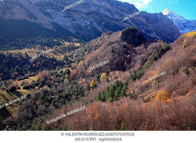Landscape of Bujaruelo valley in union with the Otal valley. Ordesa y Monte Perdido national park. Huesca