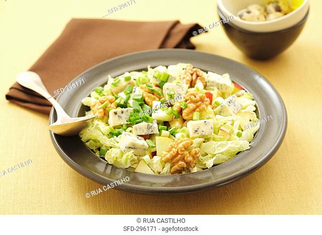 Chinese cabbage, apple and walnut salad with blue cheese