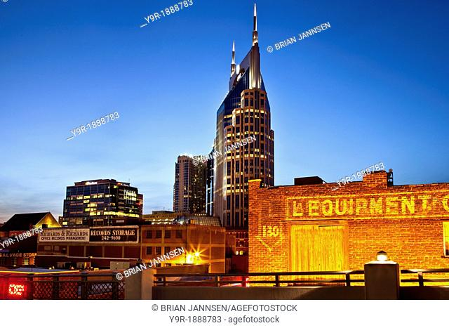 Twilight over the buildings of Nashville Tennessee, USA