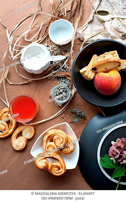 Pastries apricot biscotti and sugar