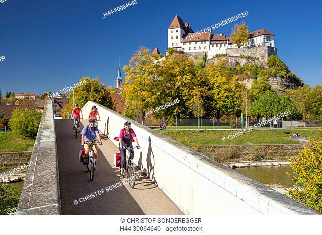 Velofahrer auf der Herzroute in Burgdorf im Emmental