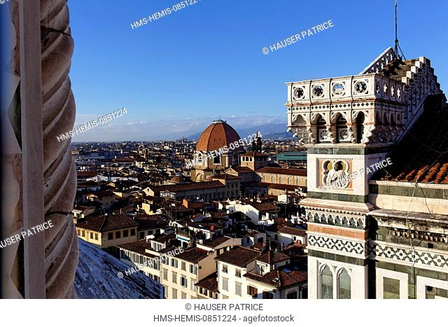Italy, Tuscany, Florence, historic center listed as World Heritage by UNESCO, piazza del Duomo, cathedral Santa Maria del Fiore, outside view