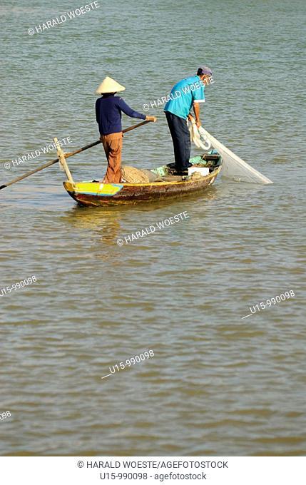 Fisher on the Thu Bon river near Hoi An, Vietnam