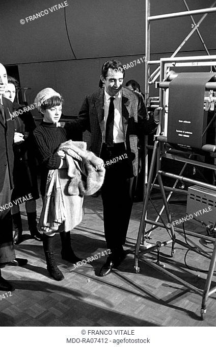 Italian actor, comedian and TV host Walter Chiari (Walter Annichiarico) about to rehearse the TV show Il Mattatore with the youngest Italian singer Rita Pavone
