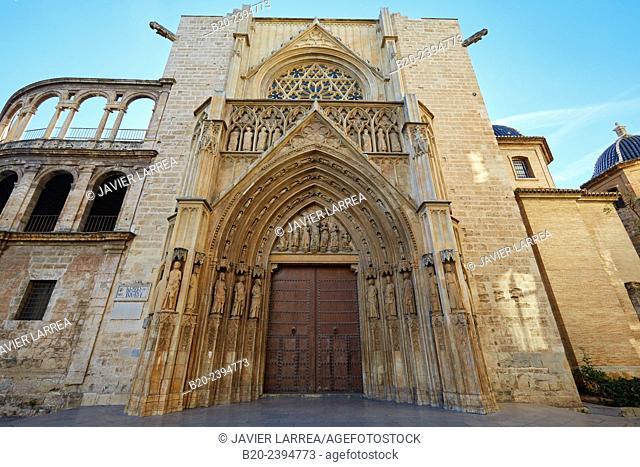 Cathedral. Plaza de la Virgen. Valencia. Comunidad Valenciana. Spain