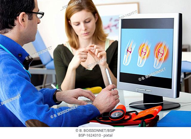ORTHOPEDICS CONSULTATION WOMAN Models. Medical imagery n°1530907