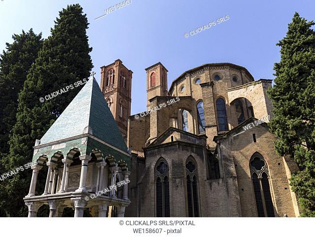 San Francesco basilica and the tomb called Arca di Odofredo, Bologna, Emilia Romagna, Italy