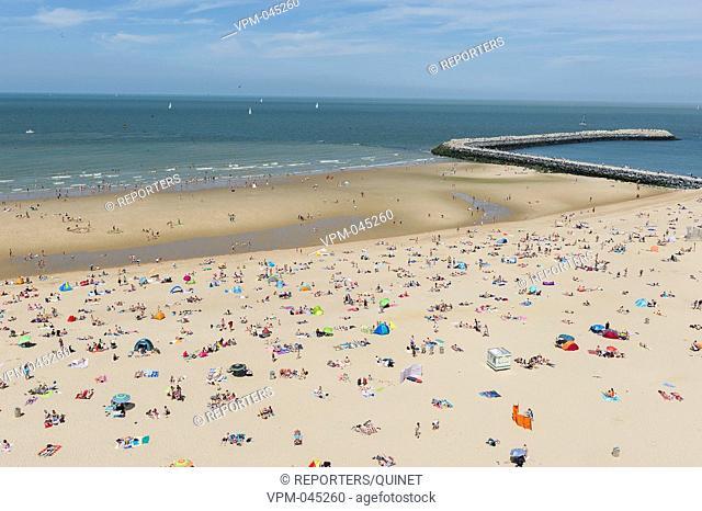 Oostende est une des stations balneaires les plus frequentees de la cote. La digue compte de nombreux commerces, cafes, restaurants et tea-rooms