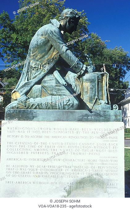 Statue of Thomas Paine writing 'Common Sense', Morristown, New Jersey