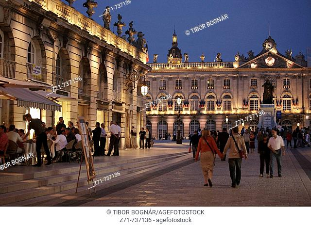 France, Lorraine, Nancy, Place Stanislas, City Hall, Stanislas statue
