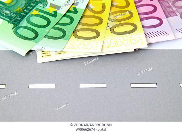 Geld auf Strasse