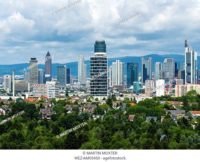Germany, Frankfurt, skyline with new Henninger Tower