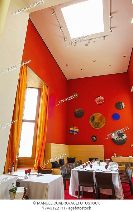 Dining room. Hotel-restaurante Marqués de Riscal. Elciego, Rioja Alavesa, Alava, Basque Country, Spain