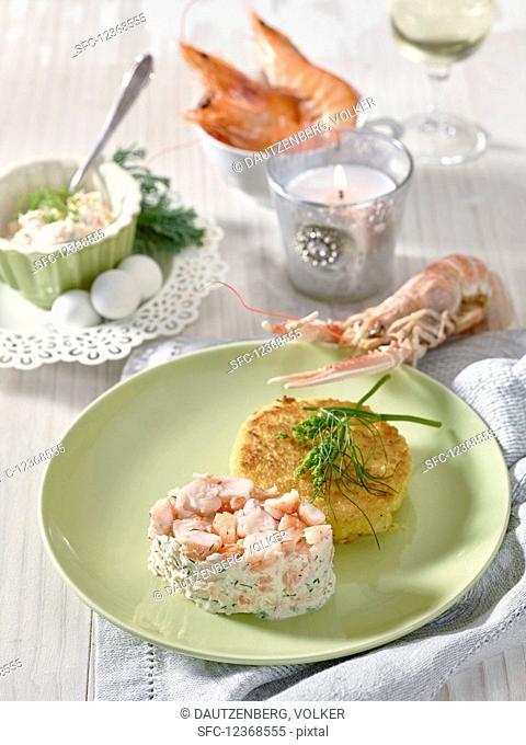 Tatar of pink prawns with potato rosti (Christmas)