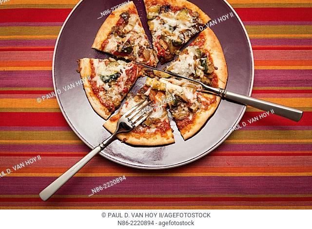 pita pizza - eggplant zuchinni and peppers