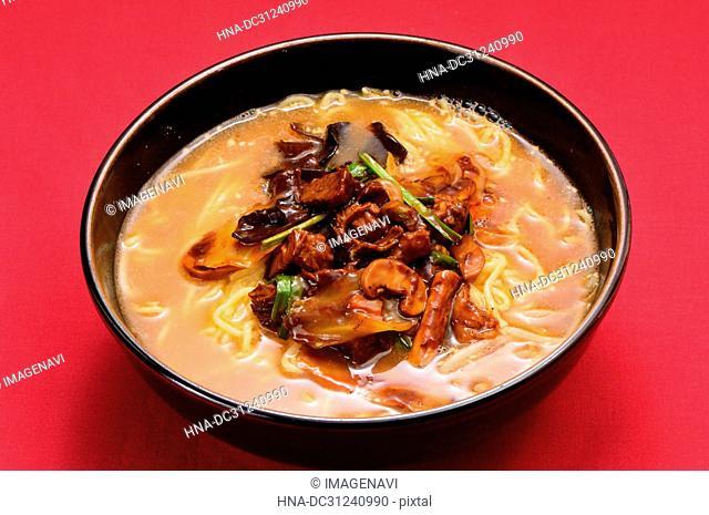 Dandan noodles with Jew's ear