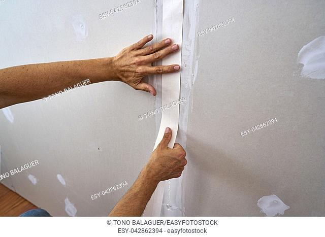 laminated plasterboard plastering join tape DIY detail