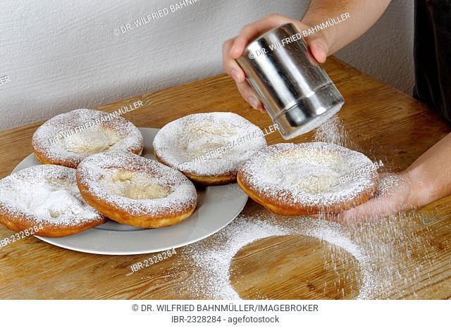 Ausgezogne, doughnuts, fried dough confectionery, a specialty of southern Germany