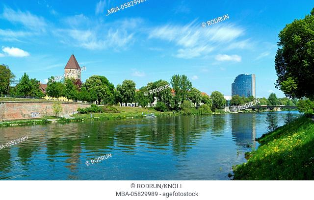 Germany, Baden-Wurttemberg, Ulm, the Danube of the Gänsturm up to the maritime hotel with Gänstorbrücke